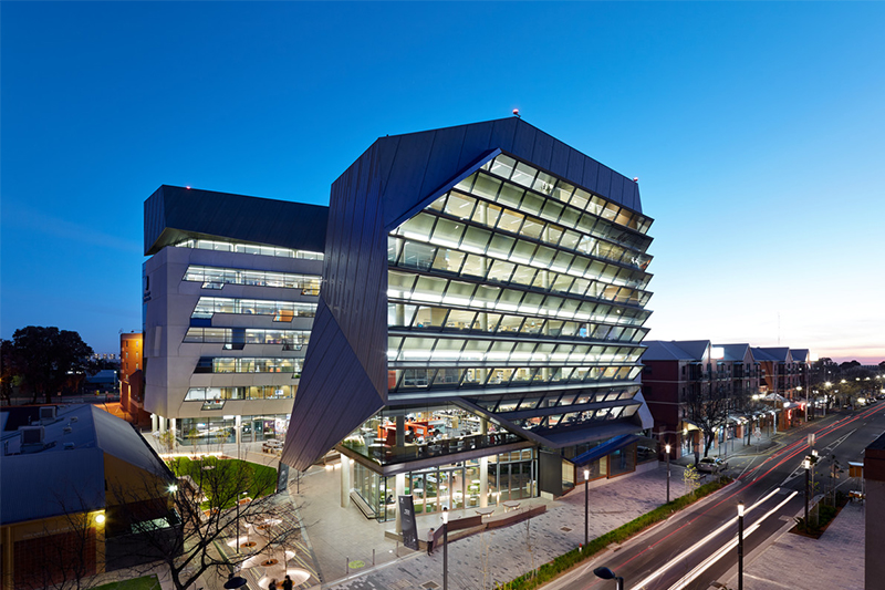 喜报!南澳大学护理本科可获得2018国际优异奖学金