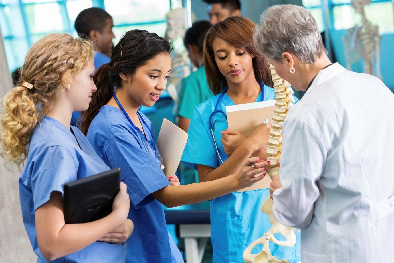 到澳大利亚当医生,澳洲哪些大学医学专业口碑最佳?