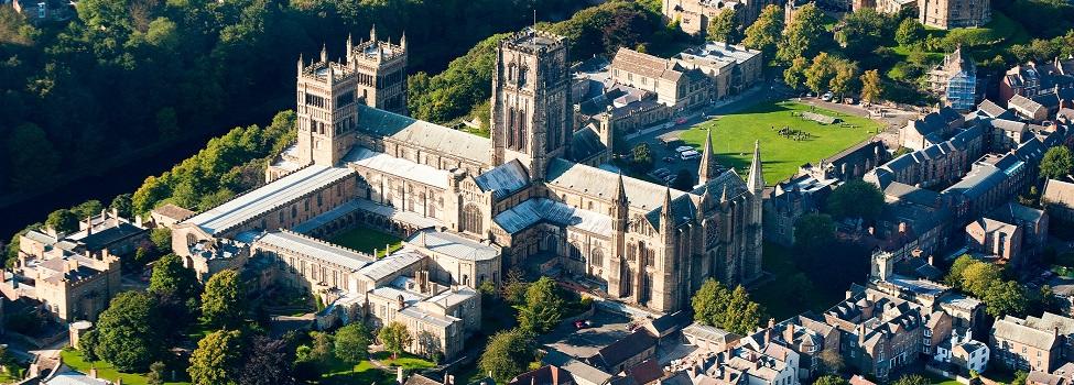 英国杜伦大学(Durham University)- 排名、专业、申请(本科、硕士和预科)等最新信息