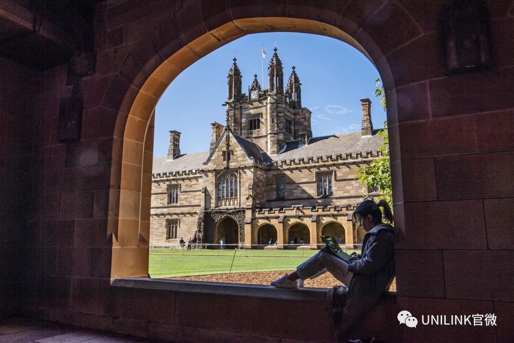 去年澳洲八大有的亏2亿,有的赚2亿。印度留学生流失80%,以后见不到多少印度同学了。