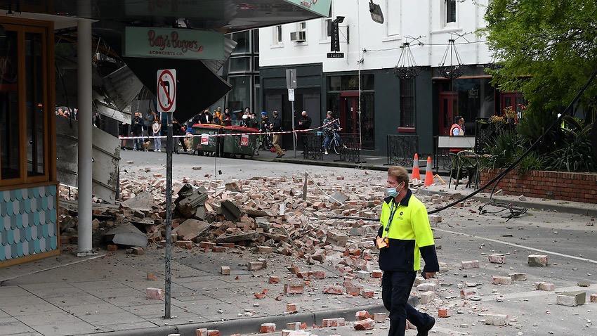 墨尔本突发50年来最强地震,一波未平一波又起。新增638,再次破纪录。