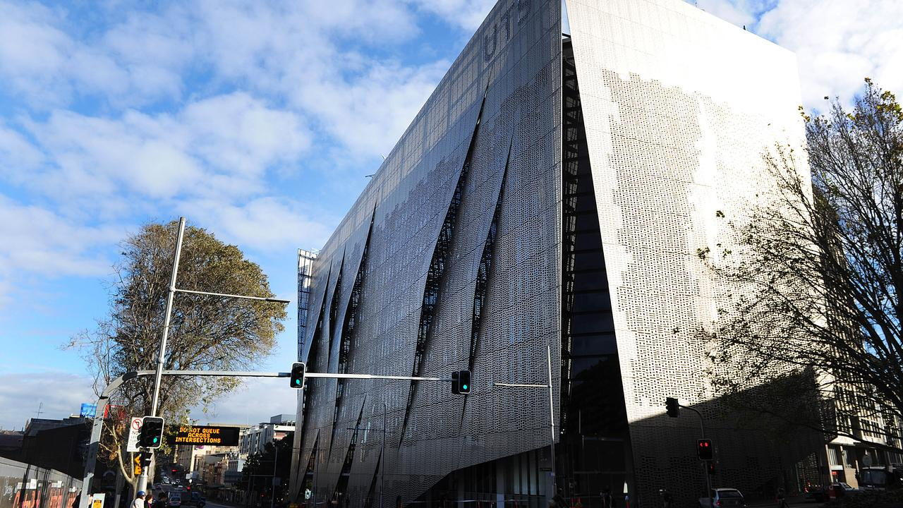 Cladding has been detected on the faculty of engineering and IT building.